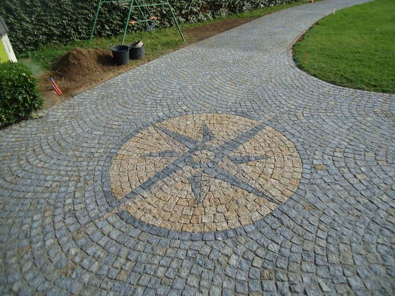 Galerie photos pav granit pavage en granit paca - Comment poser pave granit ...